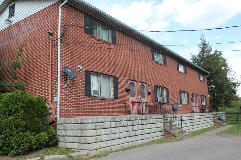 1249 Corvet Ave